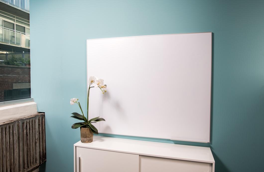 Dimiension Stele Whiteboard Interior Shot